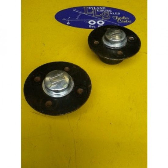 750kg Un-Braked Hub with Sealed for Life Bearings to Suit Ifor Williams P6 and Other Un-Braked Trailers